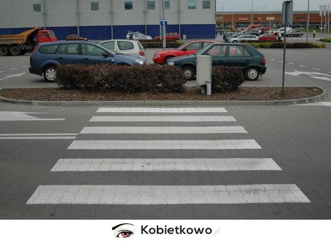http://www.kobietkowo.pl/images/items/6f8e8faaf98657412d6d12fa4ca34721.jpg
