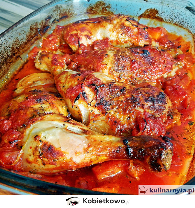 Udka Z Kurczaka W Sosie Pomidorowym Z Warzywami I Parmezanem