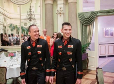 W Krakowie Odbył Się ślub Marka I Jędrzeja Ceremonia Gejów